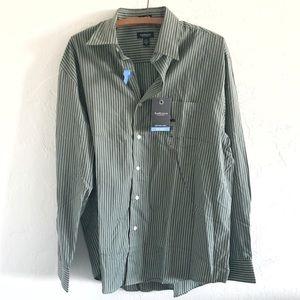 Van Heusen No Iron Dress Shirt NEW
